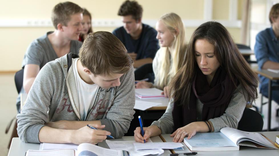 d9d01279 Historien om Høyreskolen er historien om hvordan kunnskapsløsheten fikk  styre norsk skole